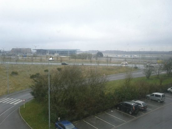 Ibis Luxembourg Aeroport: View from room