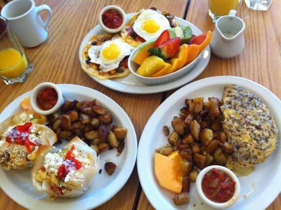 Blue Toque Diner: hearty brunch