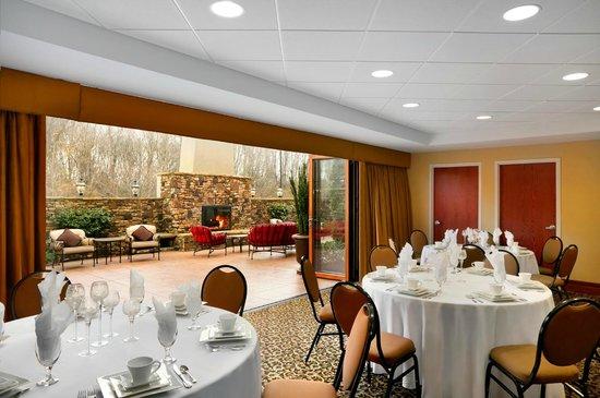 Hampton Inn Madison: Banquet Room
