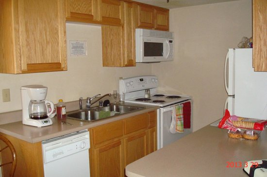 Hidden Palms Resort & Condominiums : Hidden Palms-Fully equipped Kitchen