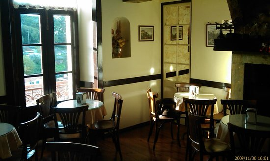 Fabrica das Verdadeiras Queijadas da Sapa: Sapa's tea room