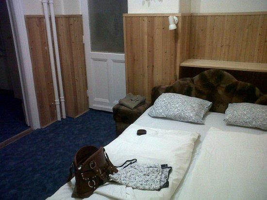 Carmen Mini Hotel : camera