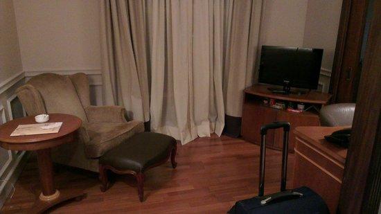 Gran Estanplaza Berrini: Studio armchair