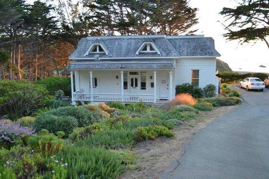 The Elk Cove Inn & Spa: Molly's Garden