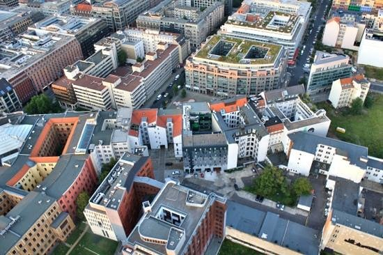 Berlin City Tours: Air balloon views.