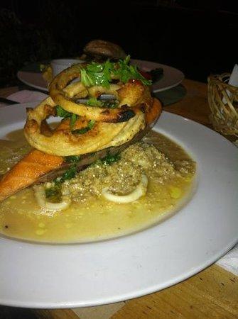 La Estaka : salmon & Quinoa