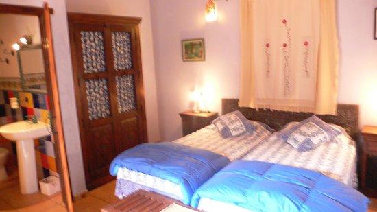 Cortijo Zalamea: Una habitacion en la casa 'BERROCAL'