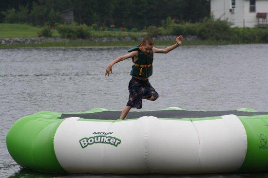 Woodland Echoes Resort: Water Trampoline