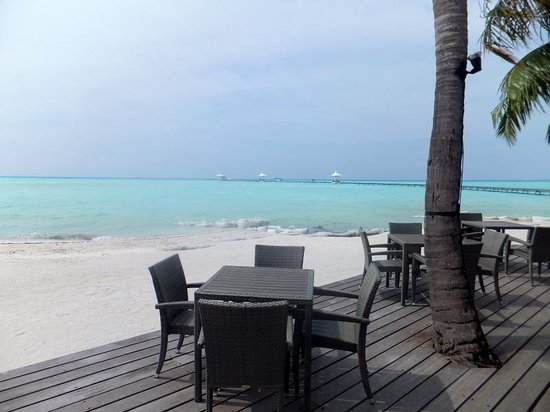 Cinnamon Hakuraa Huraa Maldives: The view from our table