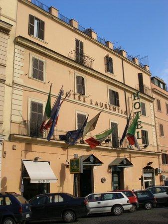 Hotel Laurentia: Facciata