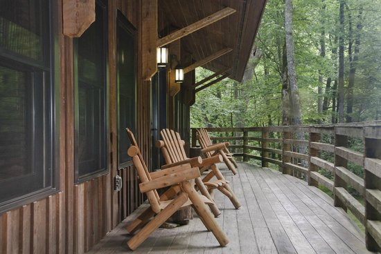 Nantahala River Lodge: Relax on the deck overlooking the river