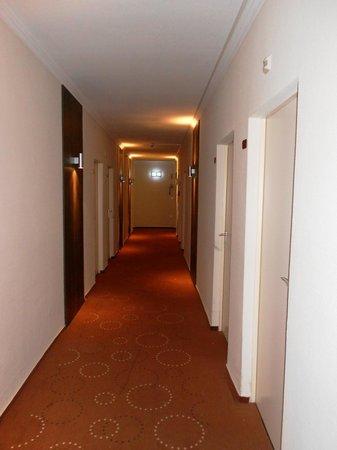 Novum Hotel Lichtburg am Kurfuerstendamm: corridoio