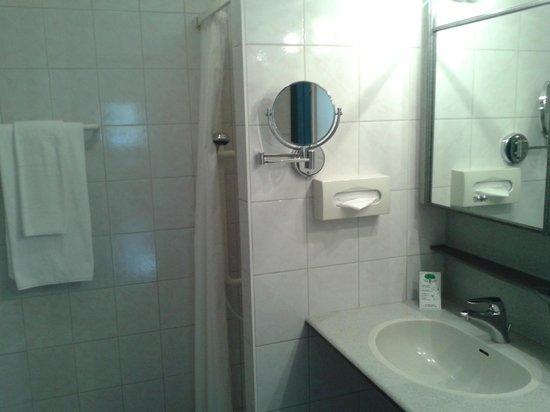 Hotel & Spa Bristol: Badezimmer