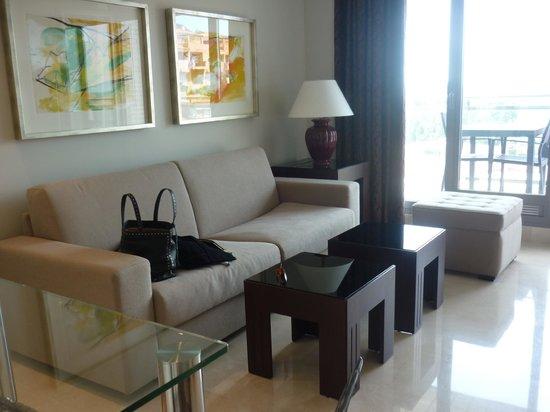 nexus benalmadena suites apartments le salon de notre studio de luxe - Salon De Luxe