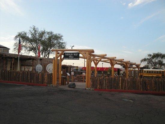 Quality Inn Navajo Nation: fuori dal motel