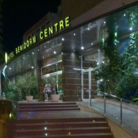 Benidorm Centre Hotel: the front of the hotel