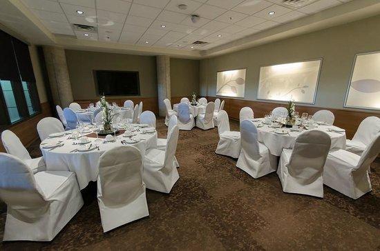 Canad Inns Destination Centre Health Sciences Centre: Ambassador Banquet Room