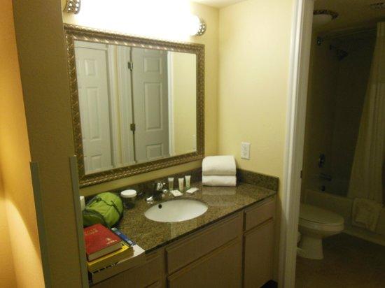 Staybridge Suites Denver Tech Center : Vanity