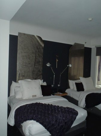 Hotel Diva: Our 2 double bed room