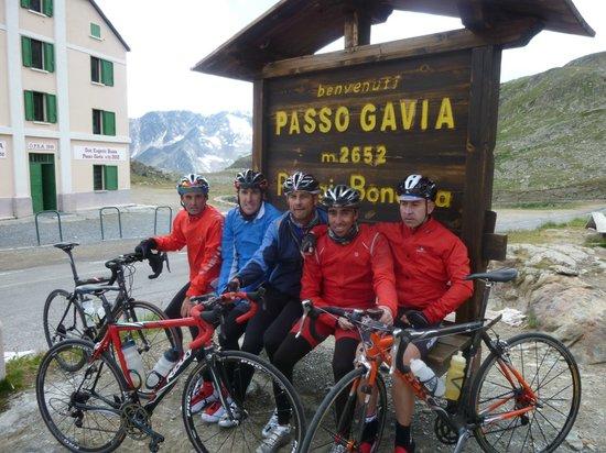 Terra BikeTours - Private Day Tours: Grandes Puertos. Grandes amigos.