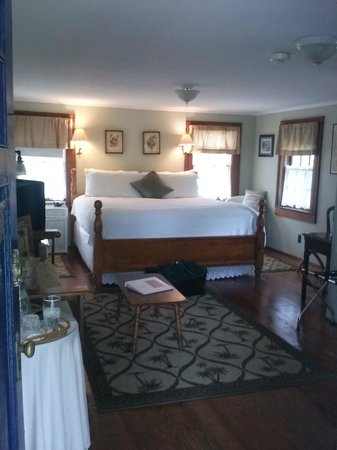 Open Gates B&B: Inside Carriage house room