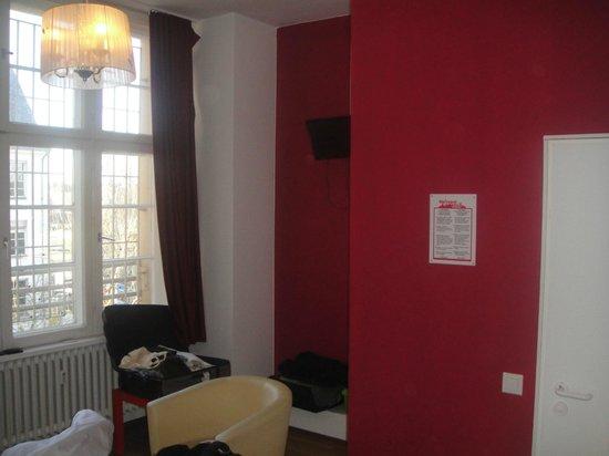 Metropol Hostel Berlin: Room space