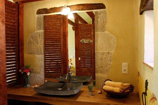 La Ferme de Soulies: Bathroom