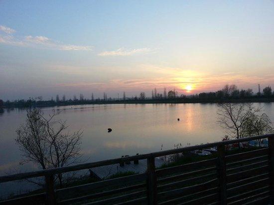 Agriturismo Ai due laghi del Verginese : vista sul lago