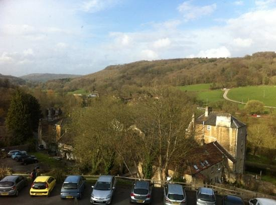 BEST WESTERN Limpley Stoke Hotel : view from the bedroom