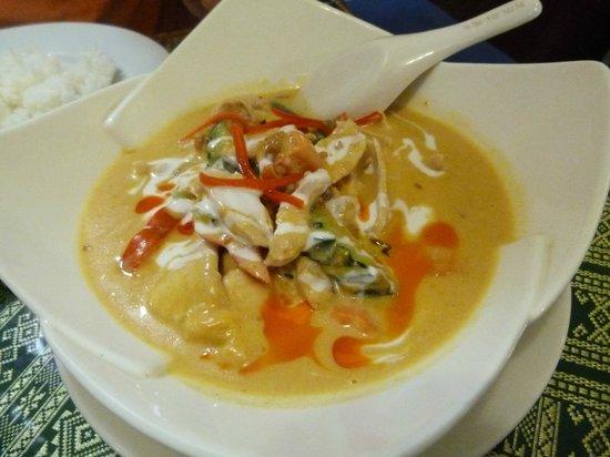 Wild Rice Thai Cuisine : My husbands dinner