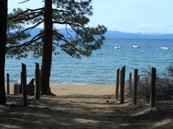 Zephyr Cove Resort : view across from cabin 12