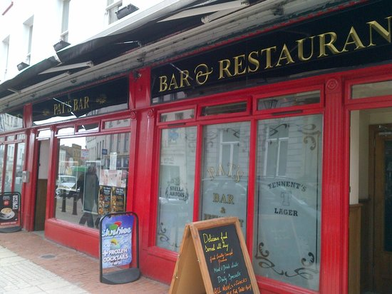 Pat's Bar and Grill: Main St Entrance