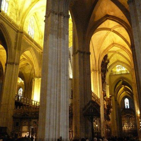 Cattedrale da fuori picture of seville cathedral - Catedral de sevilla interior ...