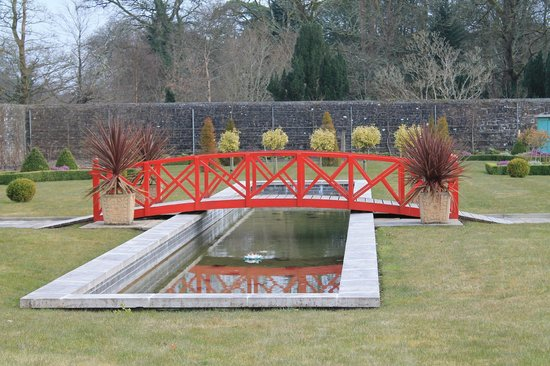 Lough Rynn Castle Estate & Gardens: Garden upper