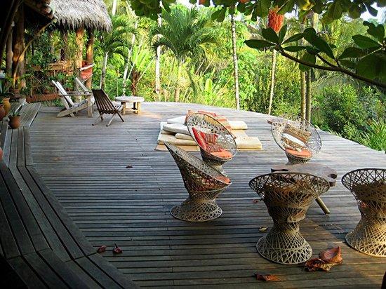 Finca Exotica Ecolodge: Casa Grande - Deck
