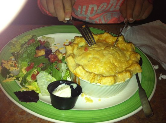 Perkins Restaurant & Bakery: The scrummy Chicken Pot Pie