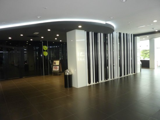 Flash Hotel Benidorm: entrance to dining room