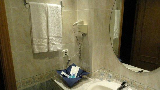 Eras de Santa Barbara: Baño completo