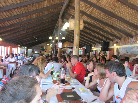 Rancho de Felix : salón interior del restaurant