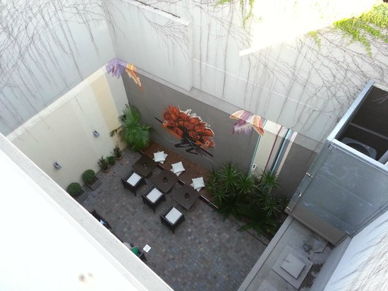 The Glu Hotel: Looking down at the rear courtyard