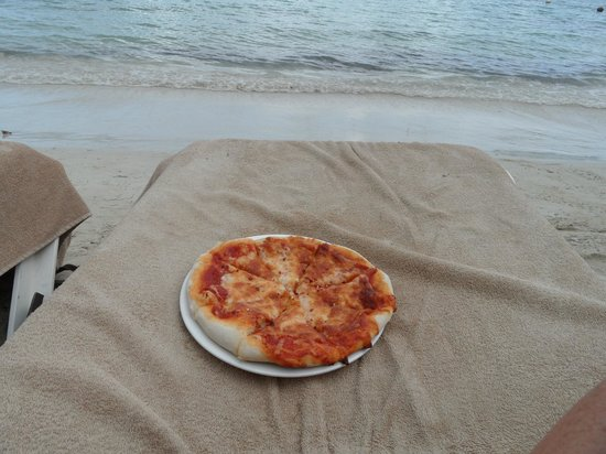 Sandals Negril Beach Resort & Spa: Pizza - AMAZING