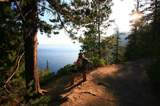 Hiking trails around Crater Lake National Park