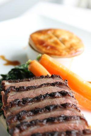 Hob Nob Restaurant: Roasted Magret of Duck