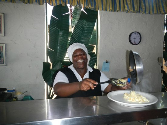 Legends Beach Hotel : Mama Our Cook