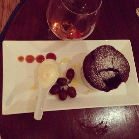 Inn at Perry Cabin by Belmond: Choc lava cake