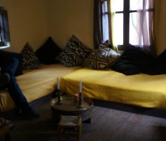 Riad Baoussala: Room