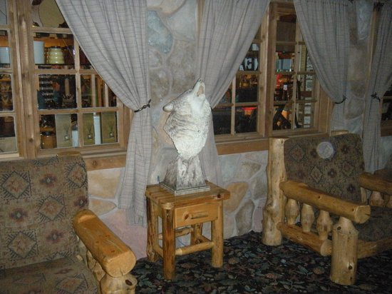 Great Wolf Lodge: all the decorations are part of magic quest!!!!