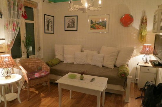 Skuteviken Guesthouse: living room
