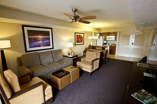 Ka'anapali Beach Club: Living Room