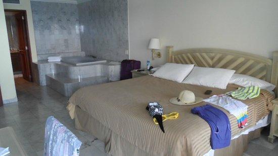 GHL Hotel Sunrise: suite 89-35